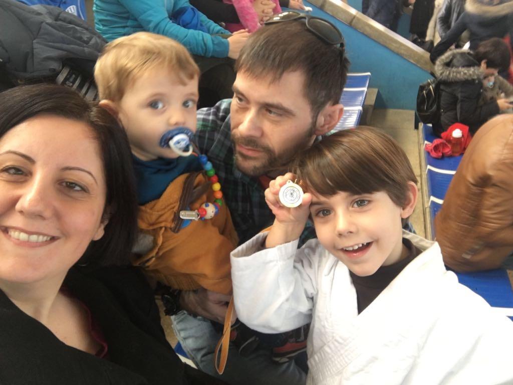 La lupa viajera family